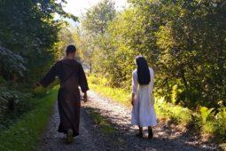 МОЛИТВА ЗА БОГОПОСВЯЧЕНИХ ОСІБ СВ. ІВАНА ПАВЛА ІІ ДО ПРЕСВЯТОЇ ТРІЙЦІ